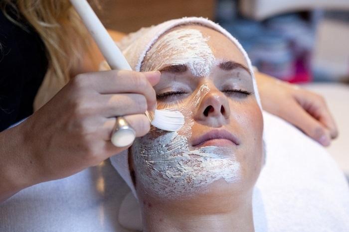 Vitalia gezichtsbehandeling