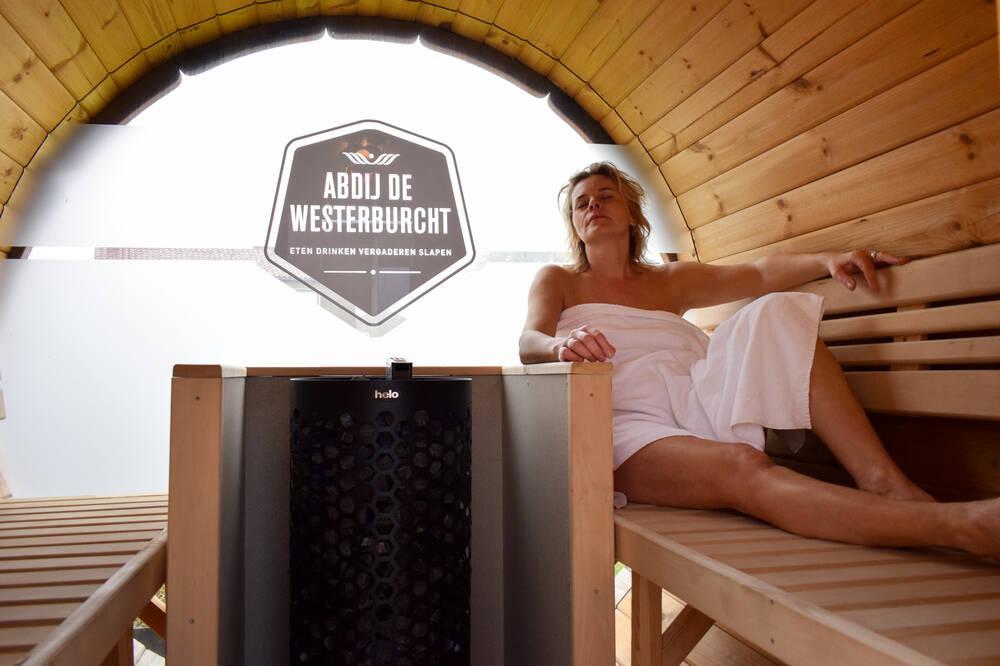 Sauna & terras kamer| de sauna helemaal voor jezelf!